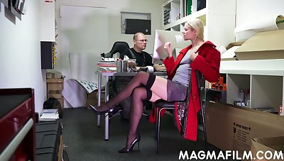 Real nerdy pervert is so into fingering with an increment of licking pussy of Claudia Harpy
