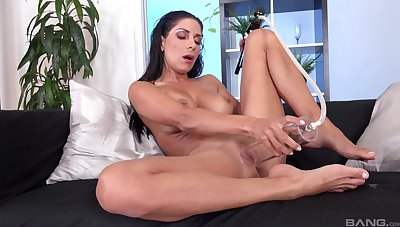 Brunette uses the pussy pump to stimulate her soaked cunt