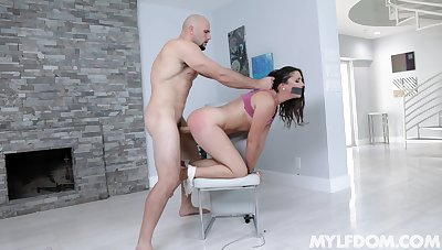 Curvy shadowy Anna Morna fucked on the chair by a long dick