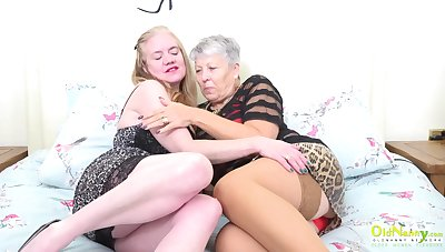 Big boobs, big butts and old of age pornstars Lily and Savana