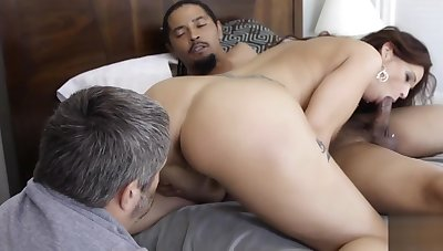 Red Haired Cougar Syren Demar Interracially Fucked