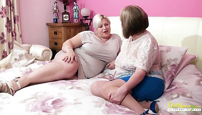 Surprisingly sensual mature BBW seduces her friend into having sex with her