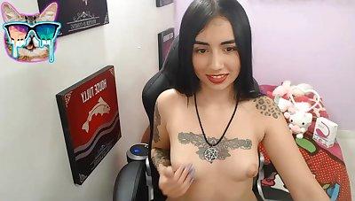 Tattoed girl matchless masturbation aloft webcam