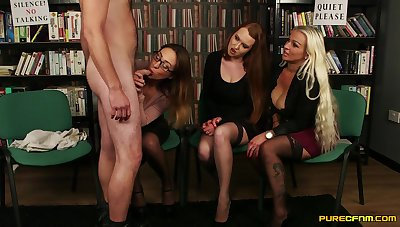 Tory Jones and her girlfriends giving enthusiast together in the writing-room