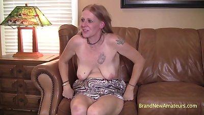 interfere respecting MILF respecting saggy boobs Andrea porn clip