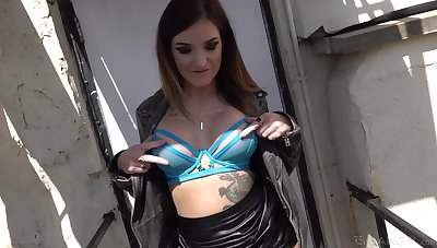 Closeup video of tattooed Adreena Winters getting ass fucked