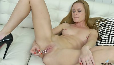 Desirable light-complexioned mature Nica plays with her tits and pink taco