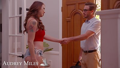 Tattooed redhead Audrey Miles drops on her knees to explanations him fixed