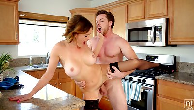 Krissy Lynn with for detail innocent pair gets fucked good in the kitchen