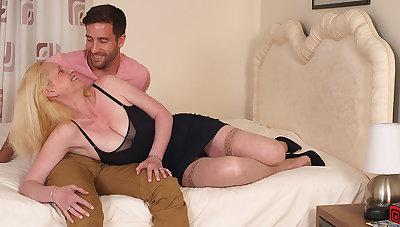 Hot British Housewife Enjoys Will not hear of Toyboy - MatureNL