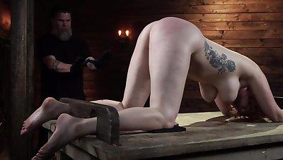 Lauren Phillips gets rough BDSM unnoticed in the sex lock-up