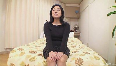 Mature tries cock in plain Japanese POV casting