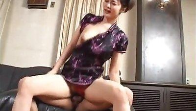 Wild babe Mako Takeda sucks on fat cock