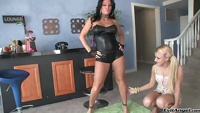Scalding Kendra Secrets sharing some toys with Mallory Rae Murphy