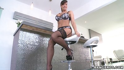Busty Lisa Ann likes to ride a cock while her breast bounce down and down